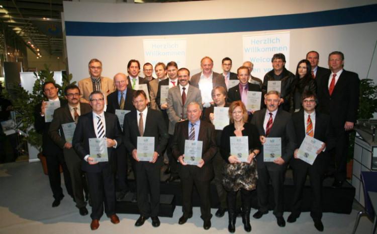 bsw-Awards für Schwimmbad- und Wellnessanlagen auf dem bsw-Messestand Köln