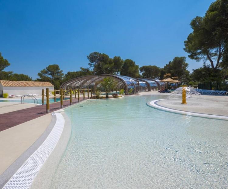 piscine revêtement avec Pebble edge à Avignon