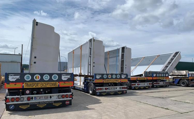 Camions de transport des coques