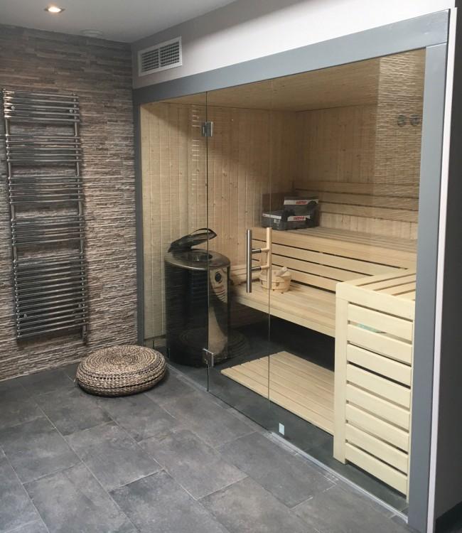 Sauna traditionnel sur-mesure Clair Azur intégration salle de bain