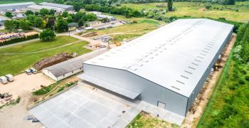 The new Wellis warehouse in Hungary can provide space for four thousand spas