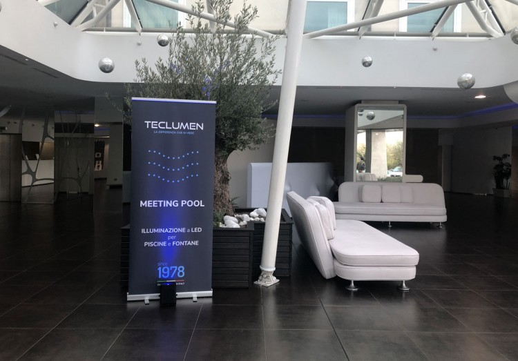Teclumen meeting Pool Illuminazione Led Piscine e fontane