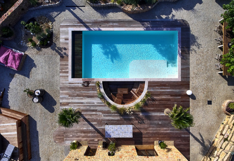 Automatic pool cover Pool Diving by APF
