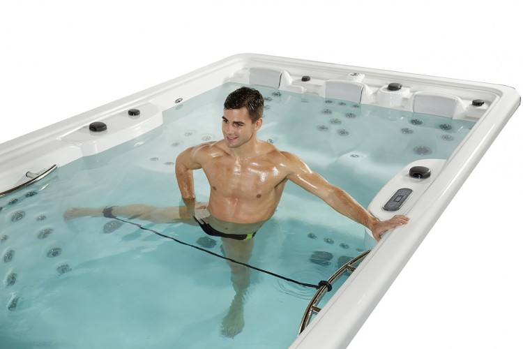 aquafitness swimspa compact