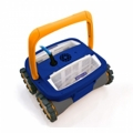 MAX: one of the first 4x4 automatic bottoms cleaners