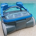 R-SERIES: the 4-wheel drive pool robot