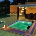Aquavia launches the new Barcelona Commercial hot tub