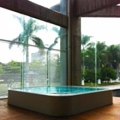 This portable overflow spa focusses on elegance and quality