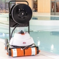 Hexagone incorporates a video camera in its Chrono MP4 pool cleaner