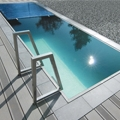 Pools in stainless steel and composite shells