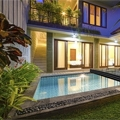 Terra the lowest pool enclosure from Alukov