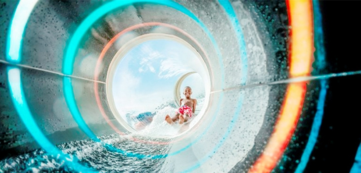 polin,waterparks,waterslide,transparent,swimmingpool,amusemement,industry