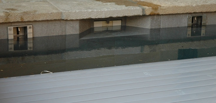 securite,piscine,couverture,automatique,systeme,verrouillage,volet,niveau,eau,eleve,cover,lock,aqua,cover