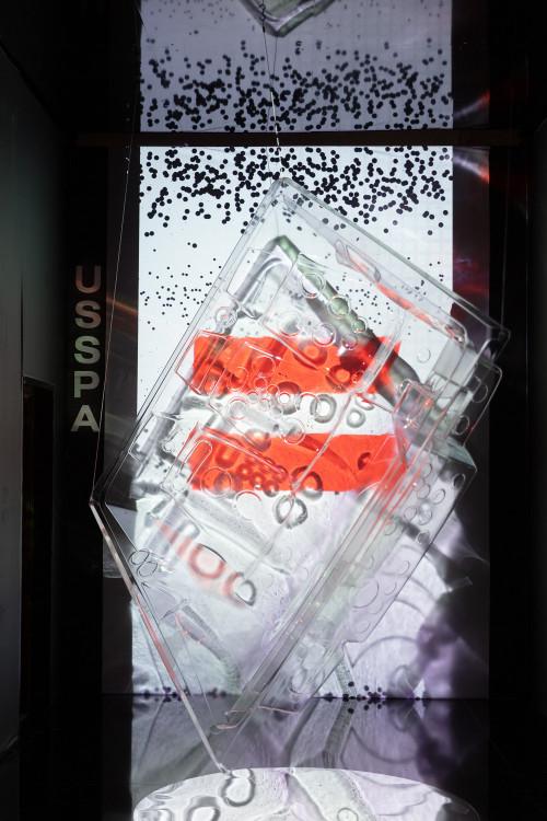 Le spa unique transparent créé par USSPA pour le Designblok20