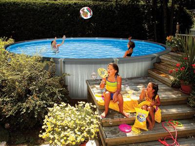 nouveau mod le de piscine hors sol en r sine inject e. Black Bedroom Furniture Sets. Home Design Ideas