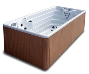 le blog des professionnels de la piscine et du spa astral pool une piscine et un spa tout en un. Black Bedroom Furniture Sets. Home Design Ideas