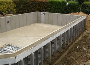 Piscine panneau alu for Construction piscine caron