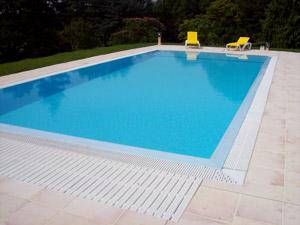 La piscina espejo for Fabricar piscina