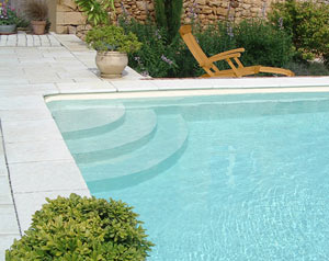 Qualipool un kit de piscine 8 x 4 m for Piscine en kit prix