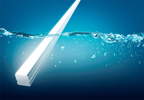 New Versatile Linear Luminaire With Ip68 For Swimming Pools And Other Applications