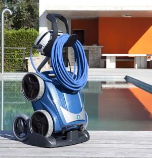 Vortex 4 4wd encore une longueur d avance for Aspirateur piscine zodiac vortex 3 4wd