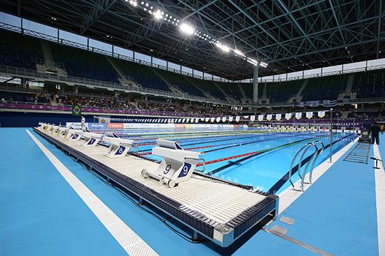 Myrtha pools digne des jeux olympiques - Piscina olimpiadi ...