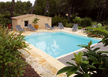Le blog des professionnels de la piscine et du spa ao t 2011 for Piscine caissargues
