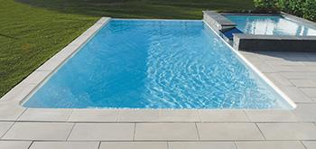 Combin piscine d bordement et volet immerg int gr for Piscine spa integre