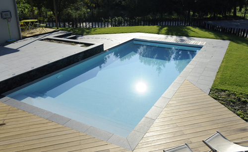 Piscine france table basse relevable for Vacance en autriche avec piscine