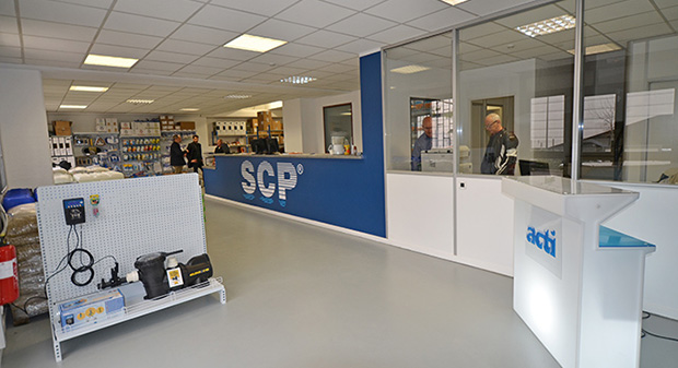 Ouverture d une agence comptoir scp antibes for Scp piscine