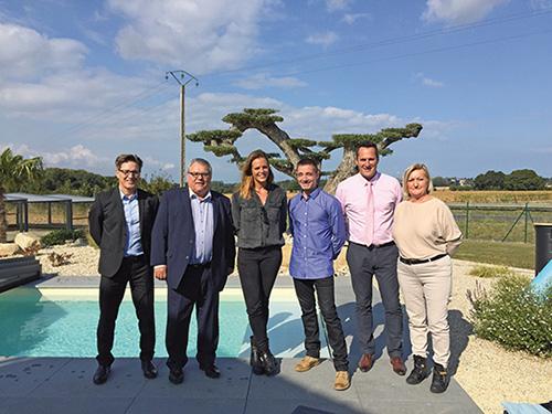 Mondial piscine inaugure de nouveaux magasins for Mondial piscine