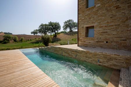 Piscine castiglione si aggiudica il premio italian pool award 2013 - Piscine in pietra ...