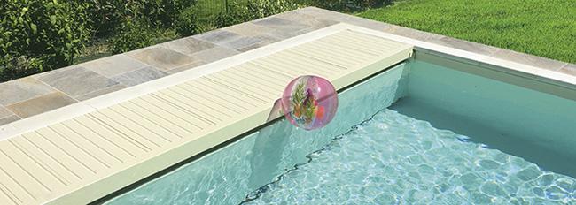 enrouleur Hawai couverture piscine coffre sec de sofatec